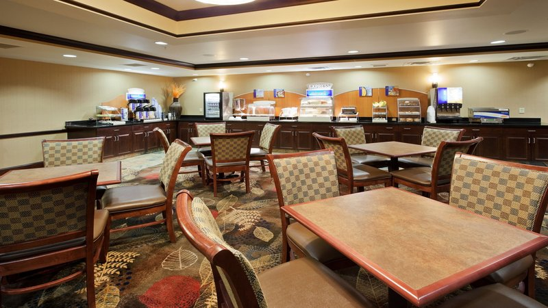 Holiday Inn Express & Suites Great Falls-Breakfast Area<br/>Image from Leonardo