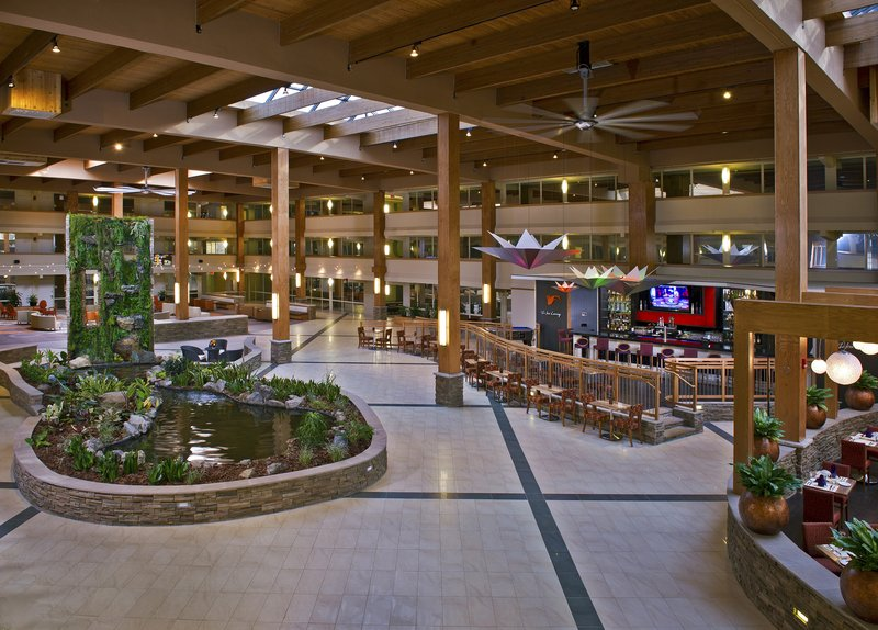 Crowne Plaza Suffern-Mahwah-Atrium Meeting Place at Crowne Plaza Suffern Mahwah Conference <br/>Image from Leonardo