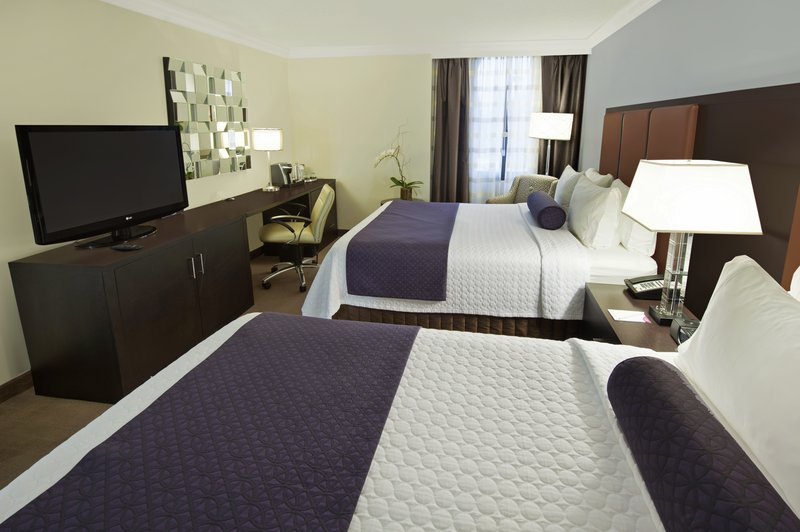 Crowne Plaza Suffern-Mahwah-Two Queen Bed Guest Room<br/>Image from Leonardo
