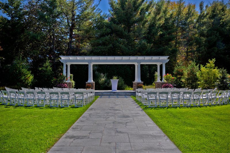 Crowne Plaza Suffern-Mahwah-Special Outdoor Events Garden<br/>Image from Leonardo