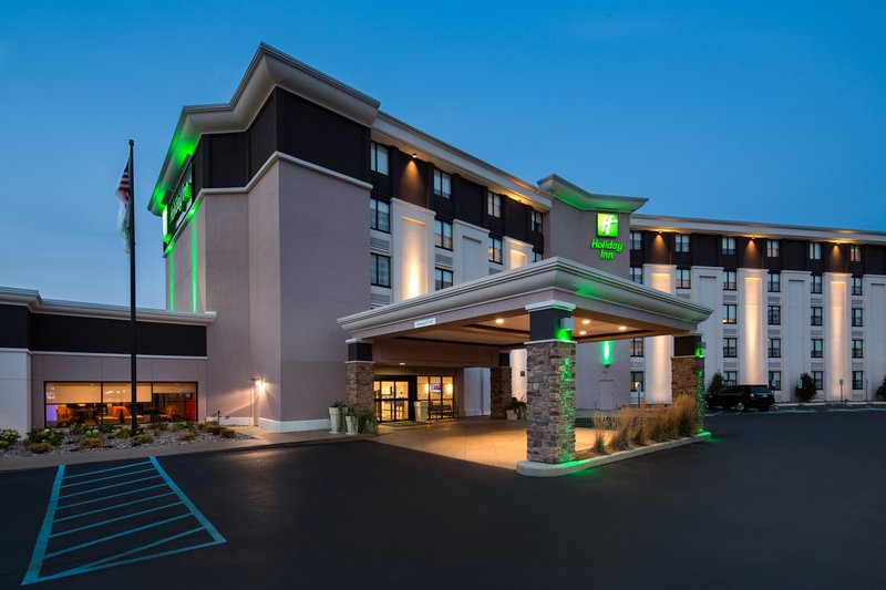 Holiday Inn Milwaukee Riverfront-Hotel Exterior<br/>Image from Leonardo