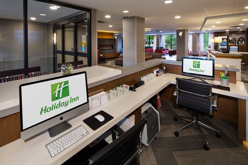 Holiday Inn Milwaukee Riverfront-Business Center<br/>Image from Leonardo