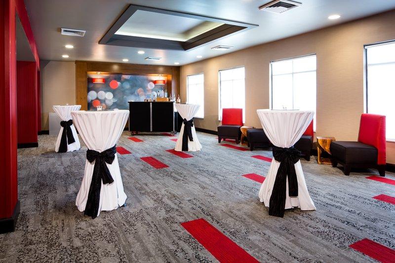 Holiday Inn Milwaukee Riverfront-Pre-function Area<br/>Image from Leonardo