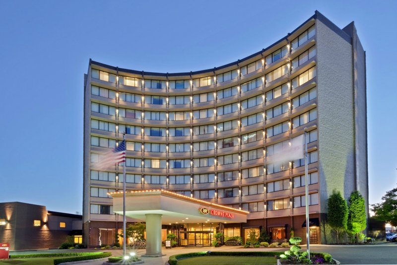 Crowne Plaza Portland-Downtown Conv Ctr-Hotel Exterior: Crowne Plaza Portland Downtown Convention Center<br/>Image from Leonardo