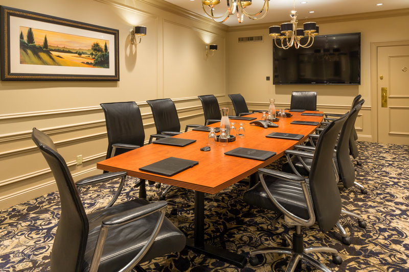 Crowne Plaza Portland-Downtown Conv Ctr-Cambridge Boardroom<br/>Image from Leonardo