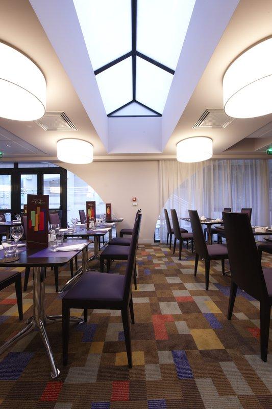 Holiday Inn Lyon Vaise-Family Dining<br/>Image from Leonardo