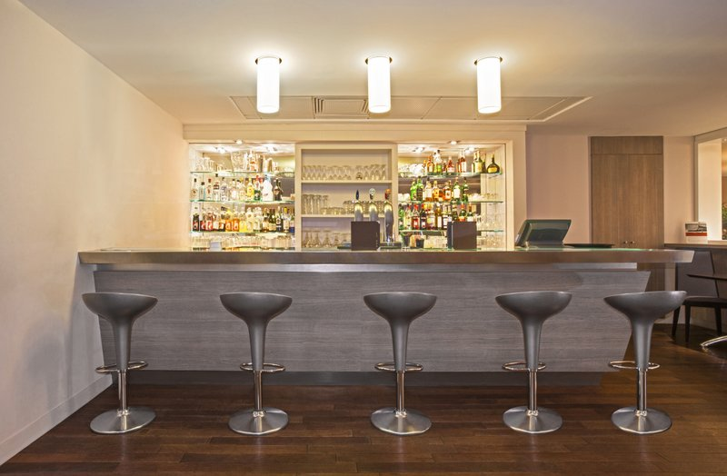 Holiday Inn Lyon Vaise-Bar and Lounge<br/>Image from Leonardo