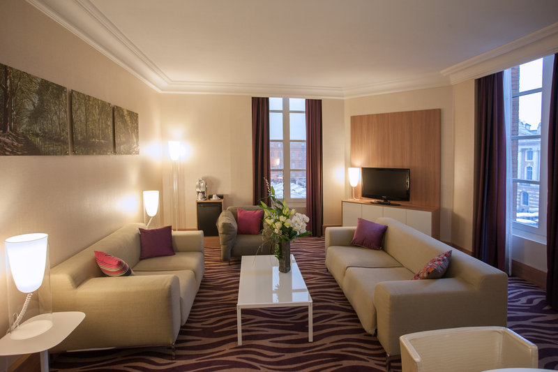 Crowne Plaza Toulouse-Presidential Suite<br/>Image from Leonardo