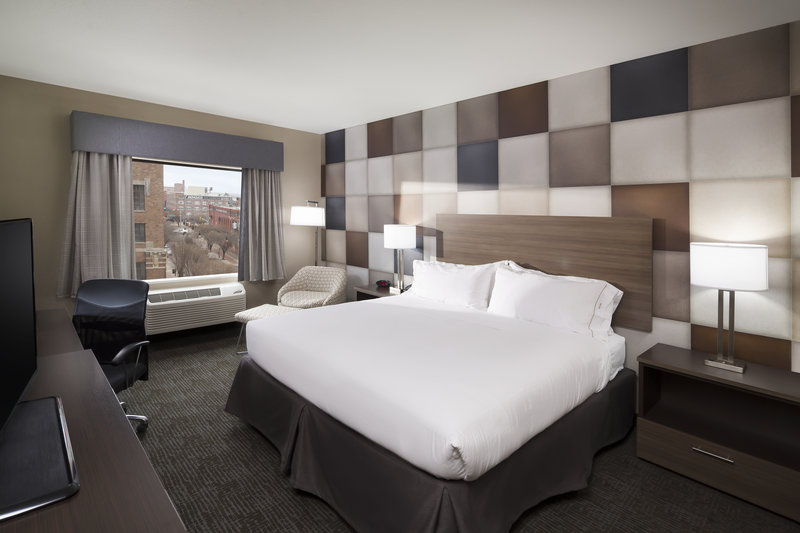 Holiday Inn Express & Suites Oklahoma City Downtown-King Bed Guest Room<br/>Image from Leonardo