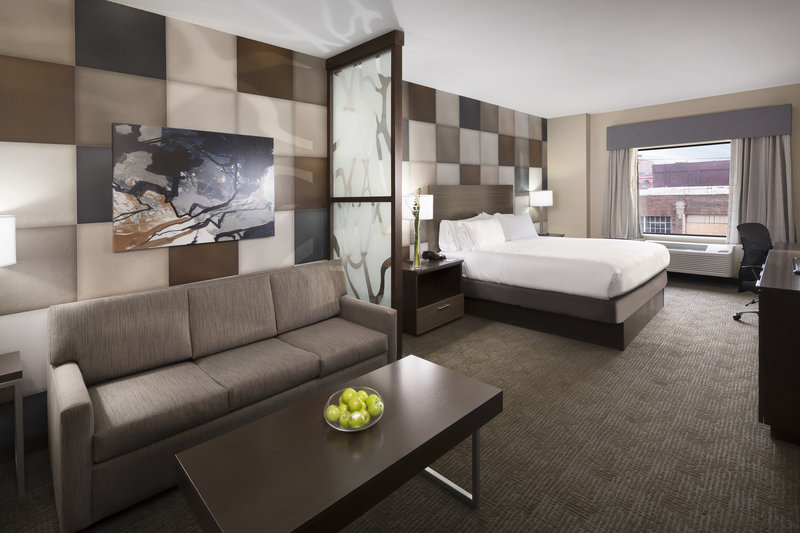 Holiday Inn Express & Suites Oklahoma City Downtown-Our suites are perfect for business or weekend getaway in OKC<br/>Image from Leonardo