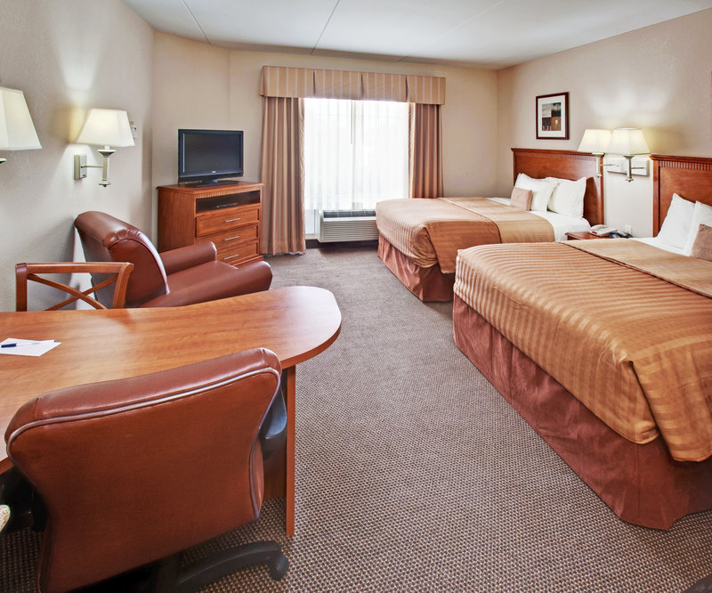 Candlewood Suites Omaha Airport-Queen Bed Guest Room<br/>Image from Leonardo