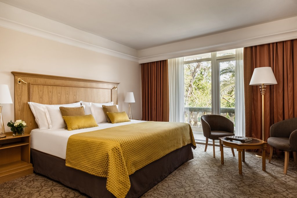 Corinthia Palace Hotel & Spa-Deluxe Garden Bedroom Double<br/>Image from Leonardo