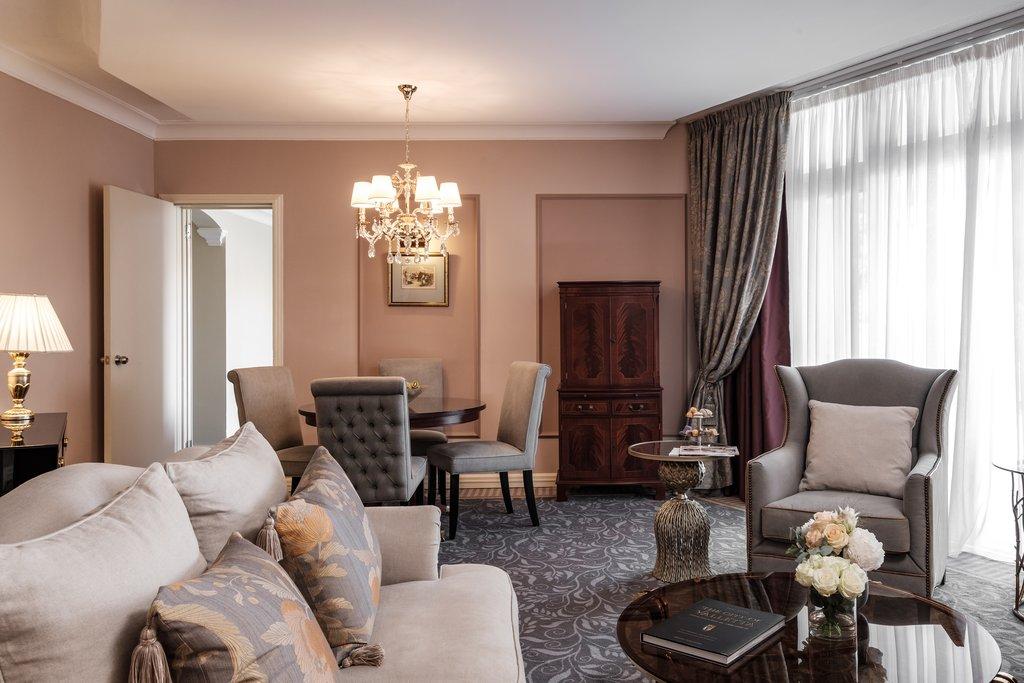 Corinthia Palace Hotel & Spa-Palace Suites Lounge<br/>Image from Leonardo