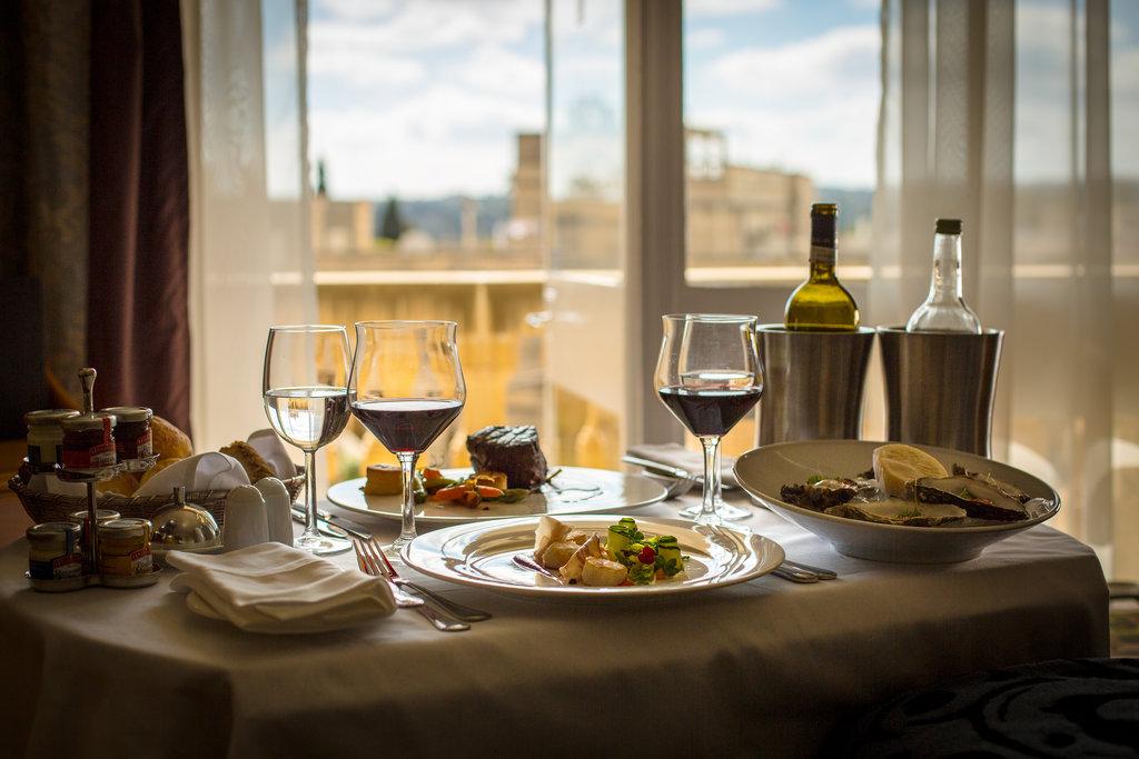 Corinthia Palace Hotel & Spa-Room Service<br/>Image from Leonardo