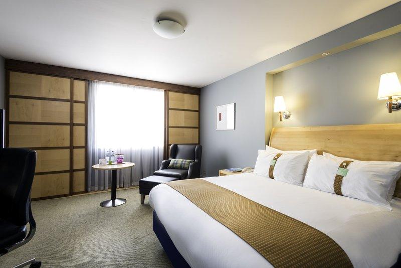 Holiday Inn Oxford-Executive Room<br/>Image from Leonardo