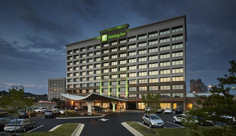 Holiday Inn Alexandria-Carlyle-Hotel Exterior, Complimentary Parking<br/>Image from Leonardo