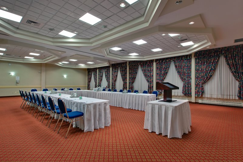 Holiday Inn St. John's Conference Centre-Conception Bay South meeting room<br/>Image from Leonardo