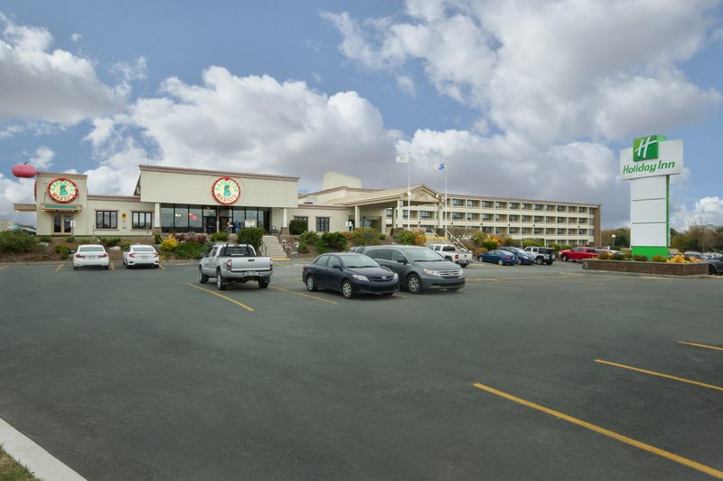 Holiday Inn St. John's Conference Centre-ample complimentary parking<br/>Image from Leonardo