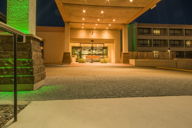 Holiday Inn St. John's Conference Centre-Welcoming entrance awaits you<br/>Image from Leonardo