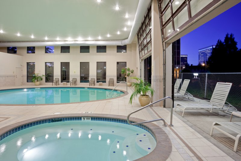 Crowne Plaza Portland-Downtown Conv Ctr-Saltwater Pool & Spa: Crowne Plaza Portland Downtown Convention<br/>Image from Leonardo