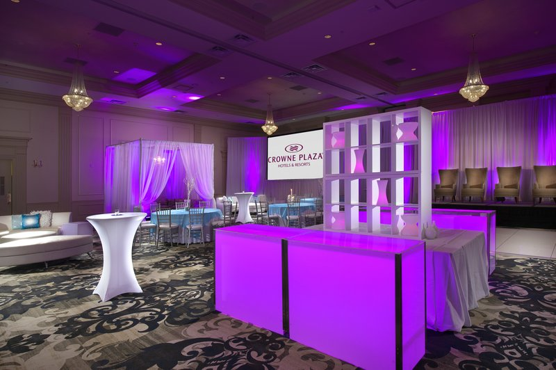 Crowne Plaza Portland-Downtown Conv Ctr-The Belmont Grand Ballroom featuring our professional in-house A/V<br/>Image from Leonardo
