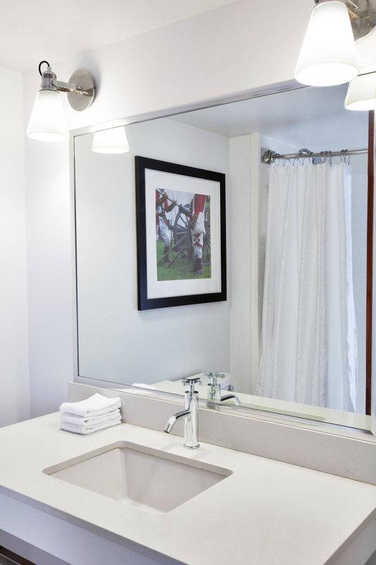 Four Points Philadelphia Northeast-Guest Bathroom<br/>Image from Leonardo