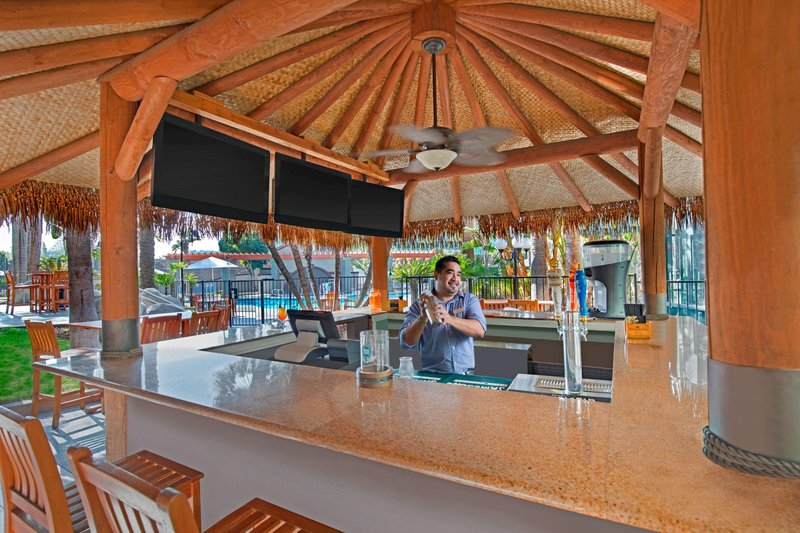Four Points by Sheraton Anaheim-Palapa Bar<br/>Image from Leonardo