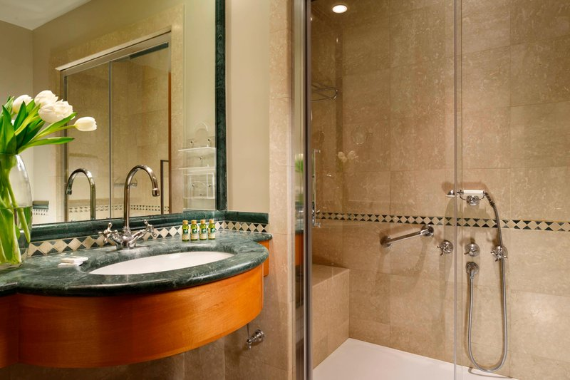 Four Points by Sheraton Siena-Guest Bathroom<br/>Image from Leonardo