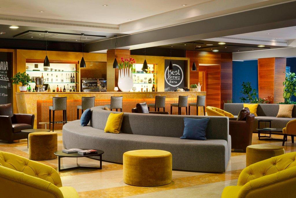Four Points by Sheraton Siena-Lobbby Bar Area<br/>Image from Leonardo