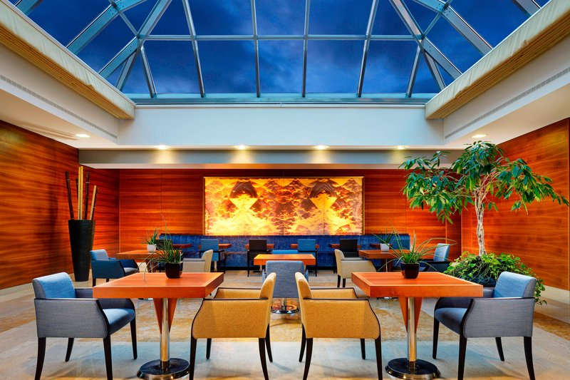 Four Points by Sheraton Siena-Winter Garden Lounge Area<br/>Image from Leonardo