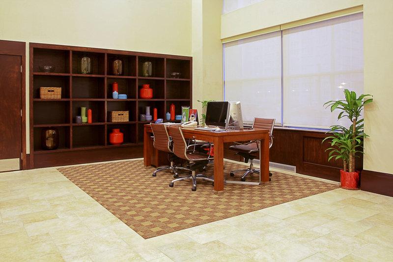 Four Points Philadelphia City Center-Business Center<br/>Image from Leonardo
