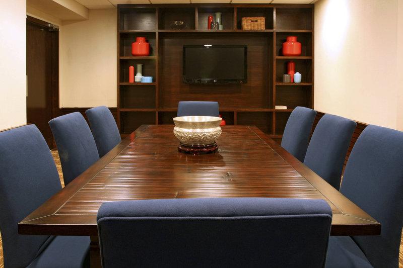 Four Points Philadelphia City Center-Meeting Space - Boardroom<br/>Image from Leonardo
