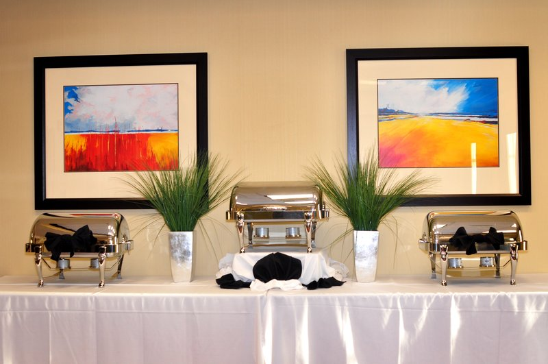 Holiday Inn Express & Suites Dayton South - I-675-Catering available for your work luncheon or small reception. <br/>Image from Leonardo