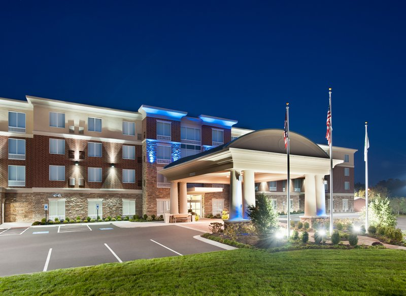 Holiday Inn Express & Suites Dayton South - I-675-Local business travelers or leisure near Kettering Medical.<br/>Image from Leonardo