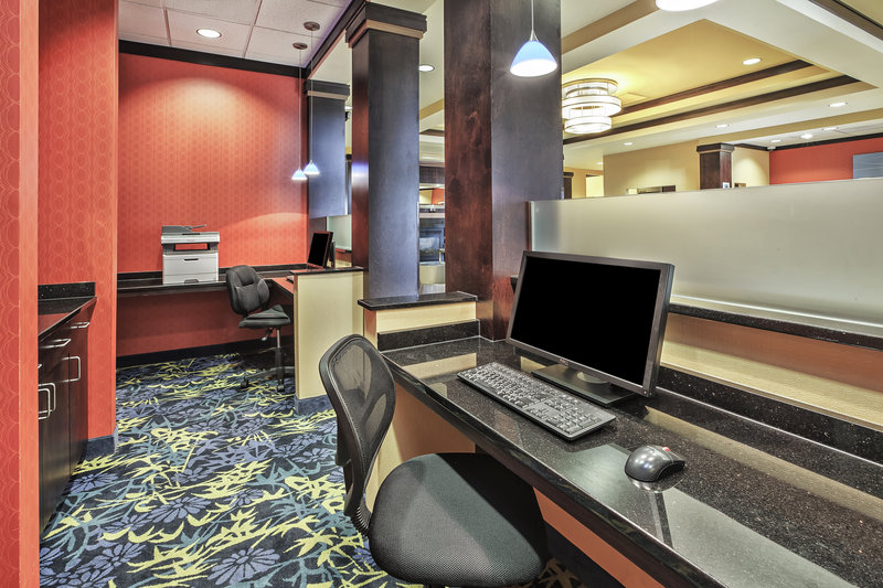 Holiday Inn Express & Suites Dayton South - I-675-24 Hour Business Center - For all your business needs.<br/>Image from Leonardo