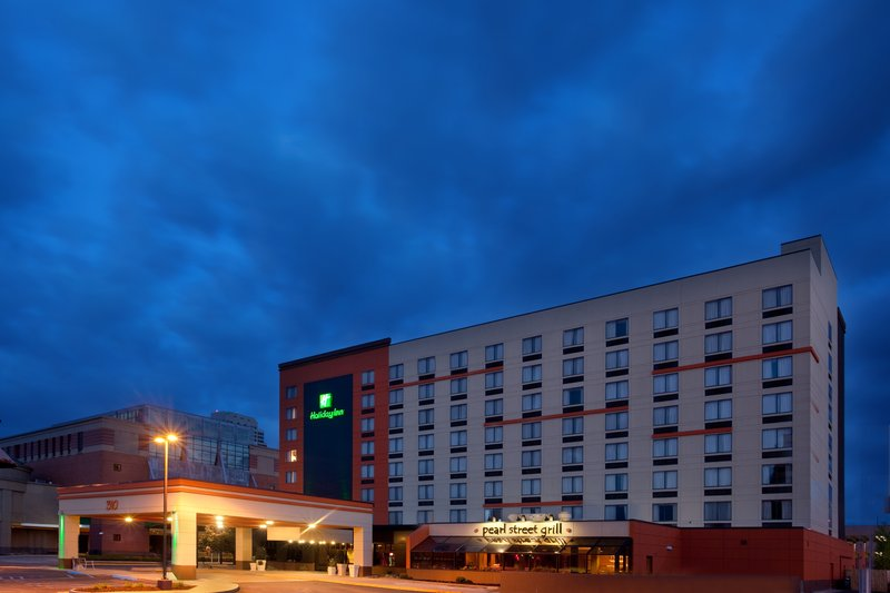Holiday Inn Grand Rapids Downtown-Stay Impressed.  Great Value and Exceptional Service<br/>Image from Leonardo