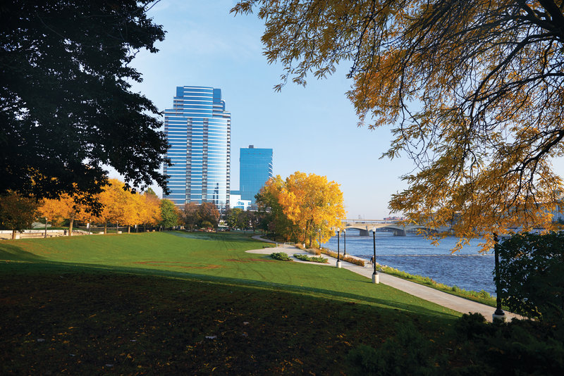 Holiday Inn Grand Rapids Downtown-Enjoy several downtown green spaces like the 6th Street Park.<br/>Image from Leonardo