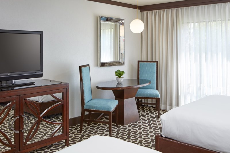 Riviera Palm Springs-Queen/Queen Deluxe Guest Room - Sitting Area<br/>Image from Leonardo