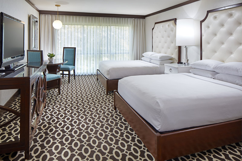 Riviera Palm Springs-Queen/Queen Deluxe Guest Room<br/>Image from Leonardo