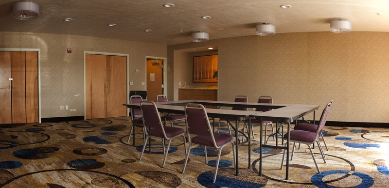 Holiday Inn Express Walla Walla-Customizable meeting space<br/>Image from Leonardo
