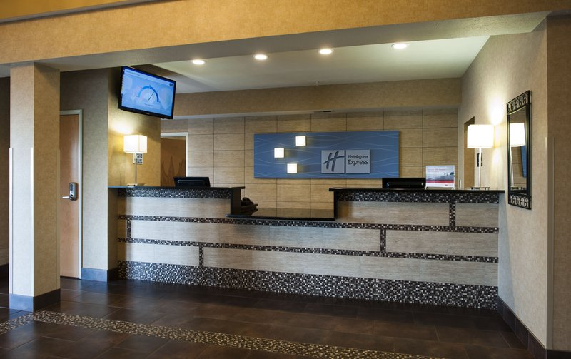 Holiday Inn Express Walla Walla-Front Desk<br/>Image from Leonardo