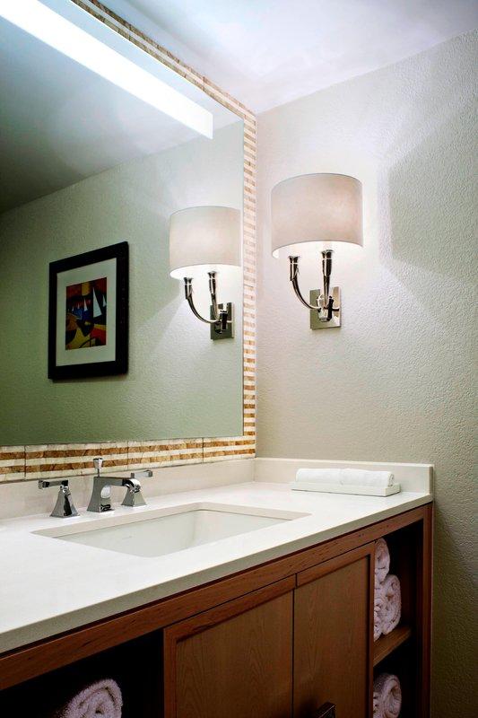 Marriott Grand Cayman-Suite - Bathroom<br/>Image from Leonardo