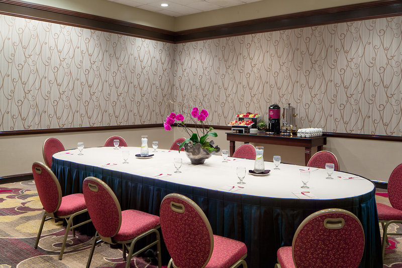 Crowne Plaza Dallas Galleria - Addison-Maple Room - Conference Style Meeting<br/>Image from Leonardo
