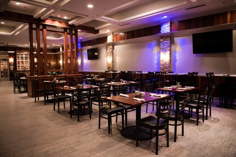 Crowne Plaza Philadelphia-Cherry Hill-Embers Restaurant featuring spacious seating and TVs throughout<br/>Image from Leonardo