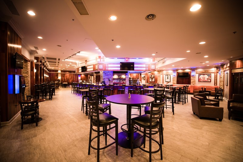 Crowne Plaza Philadelphia-Cherry Hill-Stop by to enjoy your favorite drink and catch the latest game!<br/>Image from Leonardo
