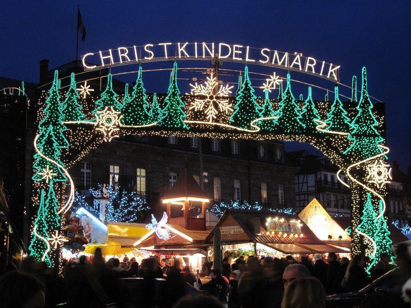 Holiday Inn Express Strasbourg - Centre-Strasbourg Christmas market <br/>Image from Leonardo