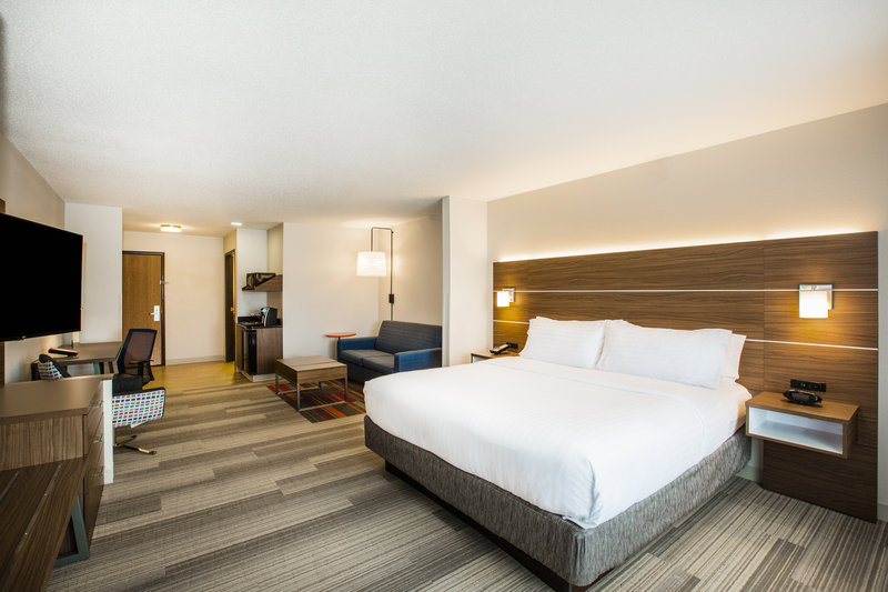 Holiday Inn Express & Suites Bellevue (Omaha Area)-Enjoy the luxury of your own spacious suite with king bed!<br/>Image from Leonardo