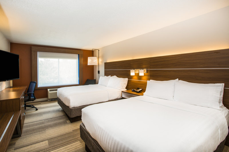 Holiday Inn Express & Suites Bellevue (Omaha Area)-Bringing extra guests?  Utilize our 2 queen bedrooms.<br/>Image from Leonardo