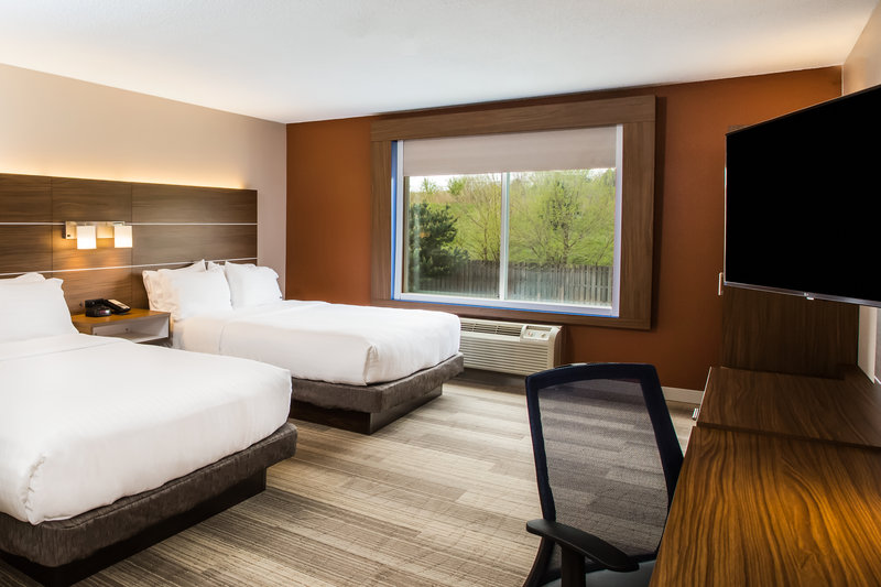 Holiday Inn Express & Suites Bellevue (Omaha Area)-Two Queen Room<br/>Image from Leonardo