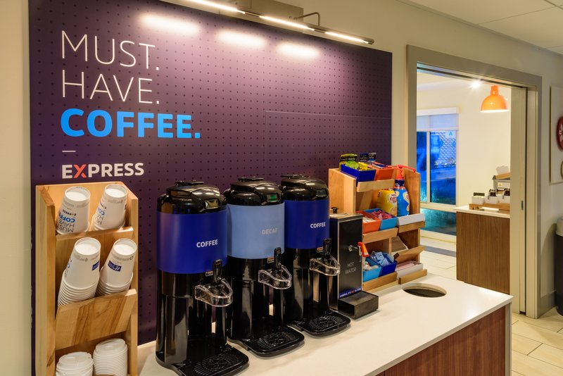 Holiday Inn Express Charleston US Hwy 17 & I-526-Coffee Bar<br/>Image from Leonardo